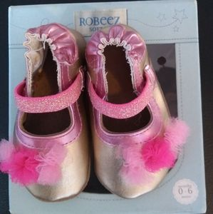 New condition Robeez shoes